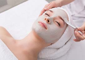 Face Peeling Mask at Spa