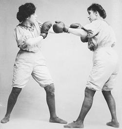 two women boxing