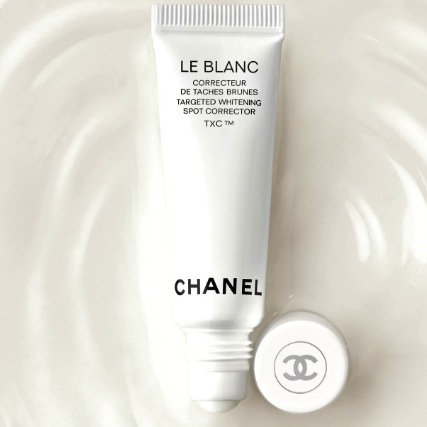 Chanel Le Blanc- shedding light on a new dark spot corrector - Truth ... efacef71c325
